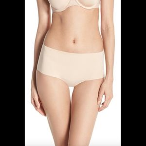 NWT Spanx Undie-tectable Briefs in soft nude small